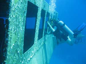 Kittiwake Wreck Dive Photo Courtesy of flickr user crdunn